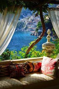 italy windowseat
