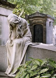 weeper_statue_Paris