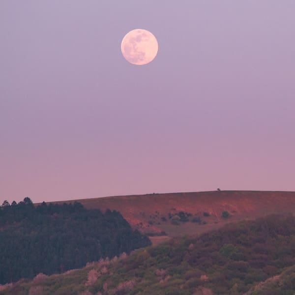 Cancer Moon Meditation